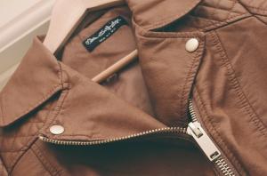 brownleatherjacket3