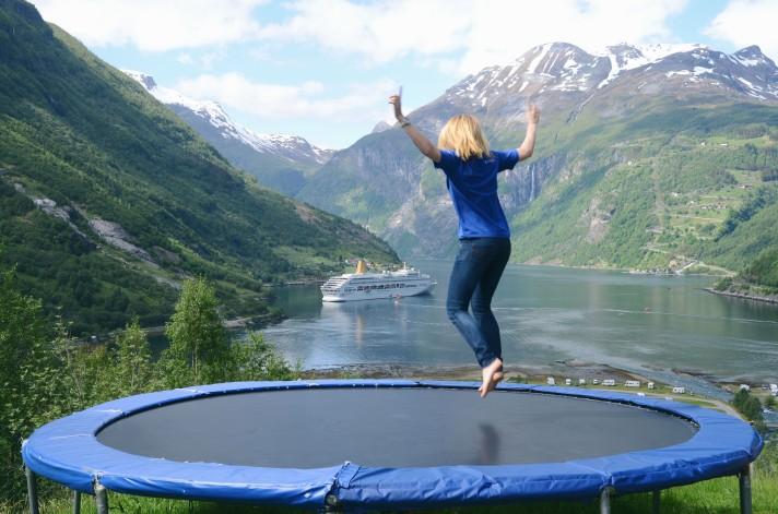 trampoline-photo